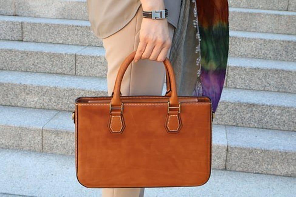 Comment prendre soin de son sac en cuir?
